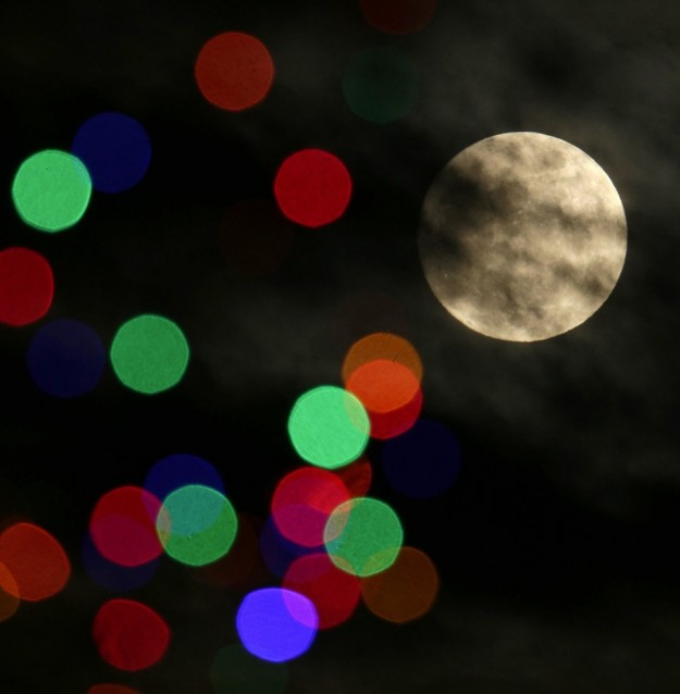 full-moon-christmas-2015-7b5383b4ae3b143b