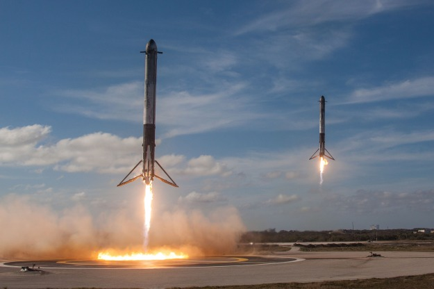 spacex-falcon-heavy-tandem-landing